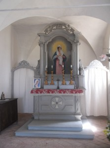 Cormona- Chiesetta di S Mauro (18)